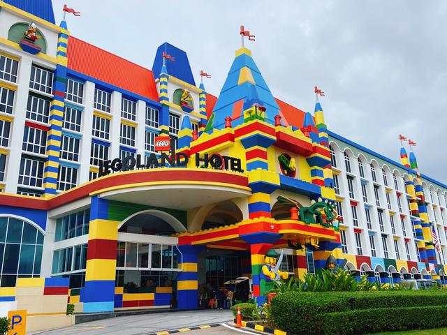 大人孩子都喜欢的乐高亲子主题酒店设计