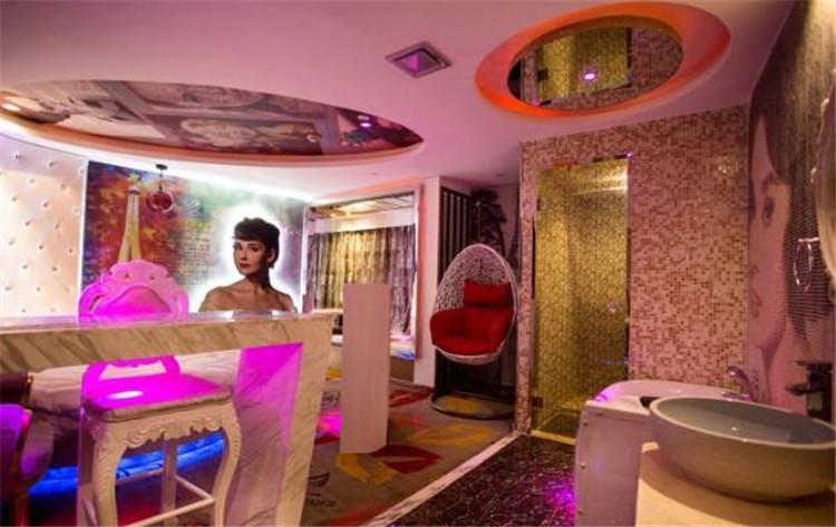 上海泽凯逸主题酒店设计